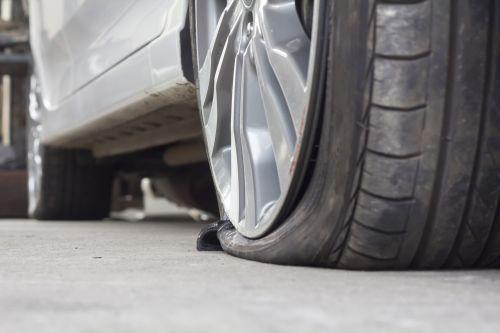 flat-tyre-Tyroola